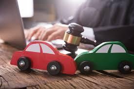 وکیل متخصص دیه-وکیل دیه تصادفات-وکیل برای دیه کرج
